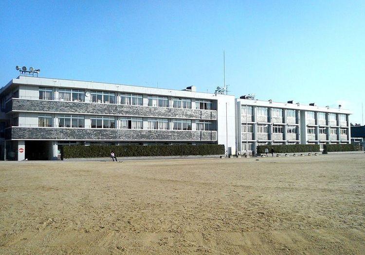 東大寺学園高等学校画像