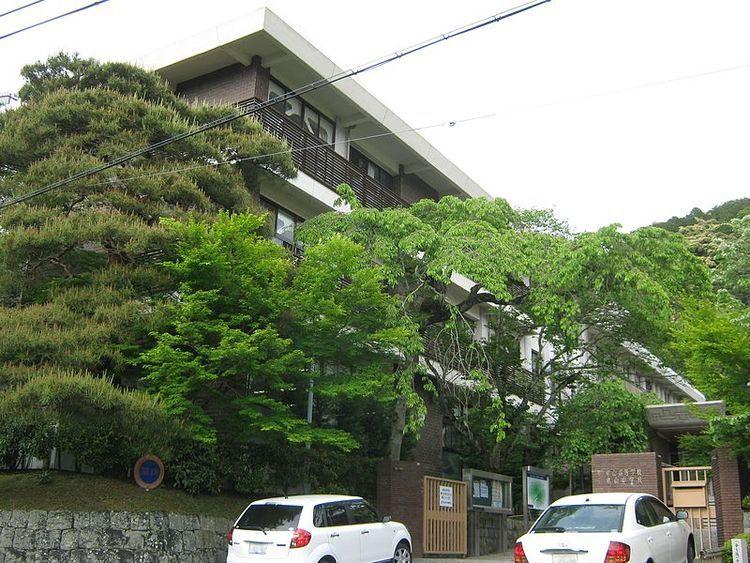 東山高等学校画像
