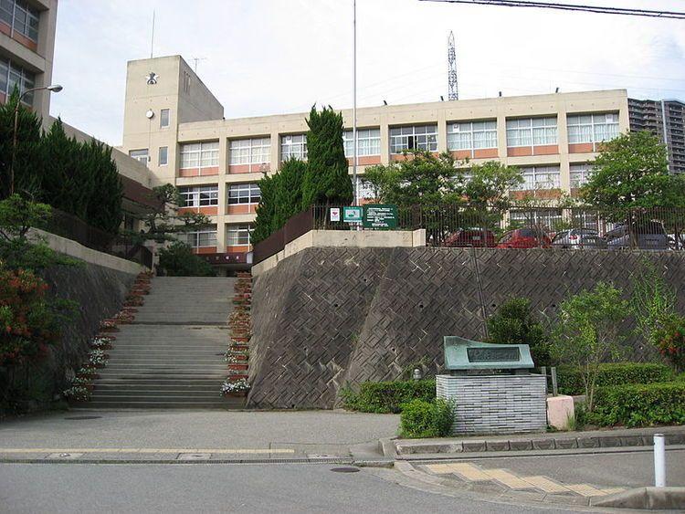 宝塚北高等学校画像