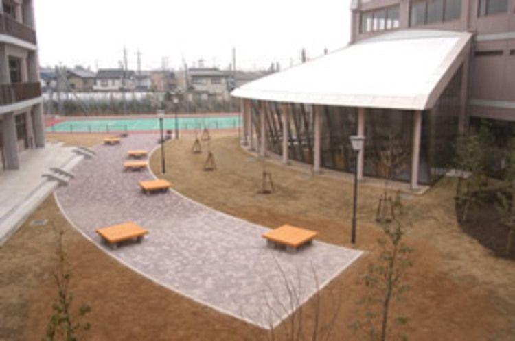 市川高等学校画像