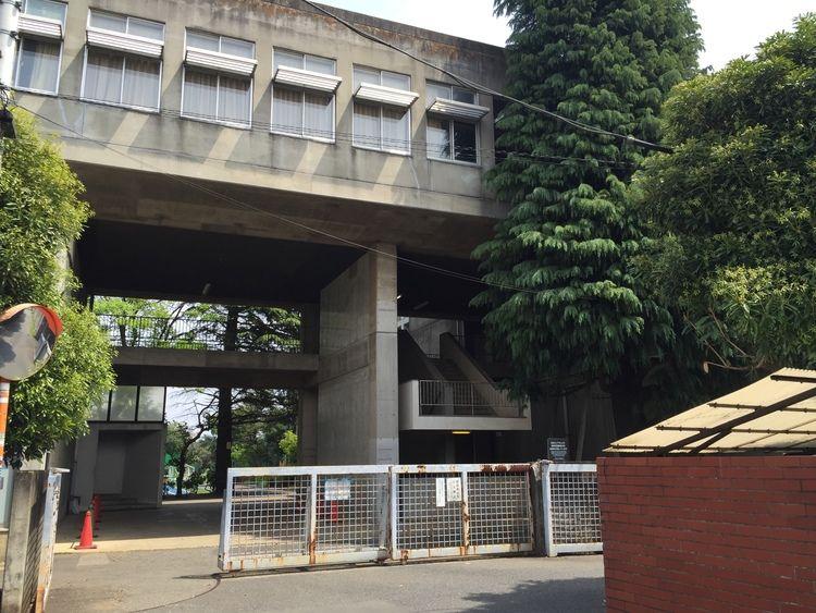 早稲田大学高等学院画像