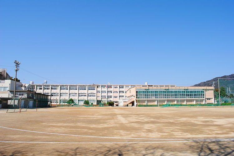 蒲郡高等学校画像