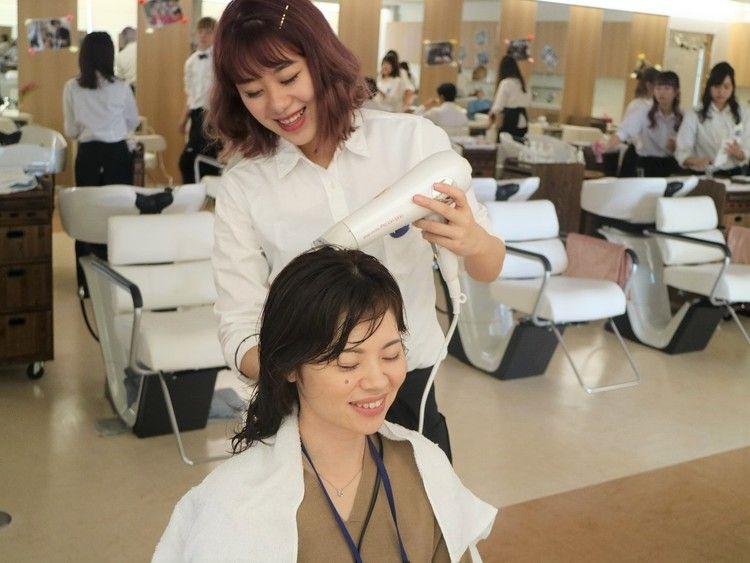 ジェイヘアメイク美容専門学校画像