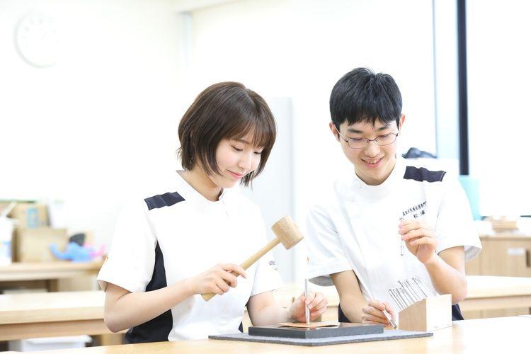 鳥取市医療看護専門学校画像