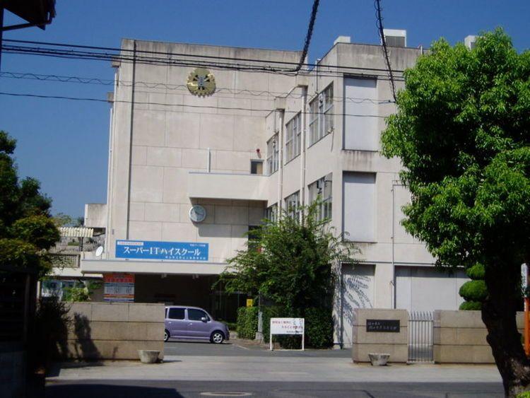 岡山工業高等学校画像